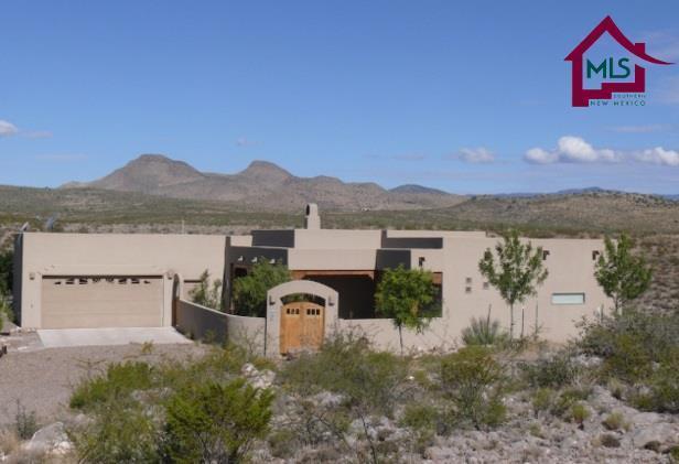 32 Lagrimas Road, Hillsboro, NM 88042 (MLS #1600144) :: Steinborn & Associates Real Estate