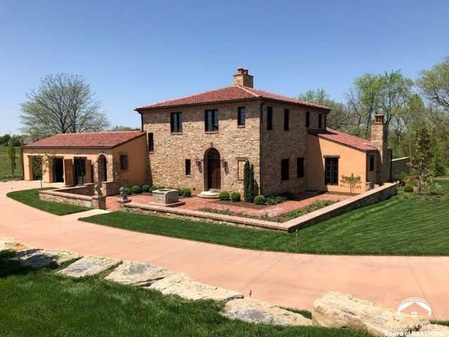 115 N Running Ridge, LAWRENCE, KS 66049 (MLS #150580) :: Stone & Story Real Estate Group