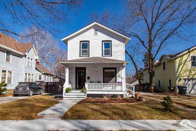 812 Illinois, LAWRENCE, KS 66044 (MLS #153377) :: Stone & Story Real Estate Group