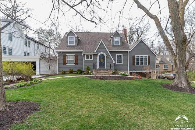 1117 West Hills, LAWRENCE, KS 66049 (MLS #153561) :: Stone & Story Real Estate Group