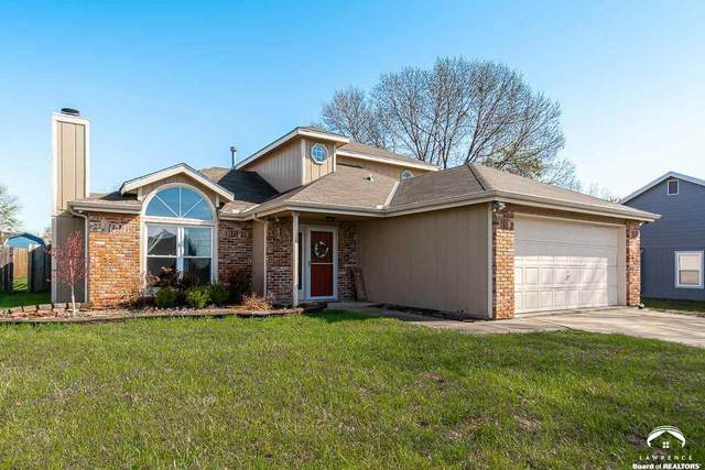 3028 W 30th, LAWRENCE, KS 66047 (MLS #153664) :: Stone & Story Real Estate Group