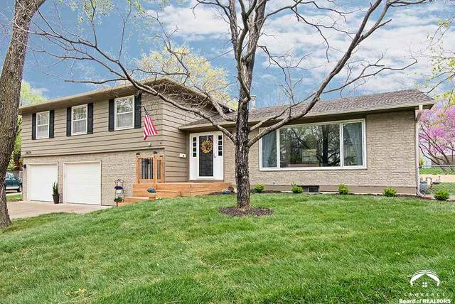2624 Bardith, LAWRENCE, KS 66046 (MLS #153700) :: Stone & Story Real Estate Group