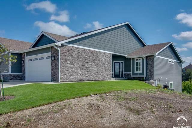 302 N Parker, LAWRENCE, KS 66049 (MLS #153743) :: Stone & Story Real Estate Group