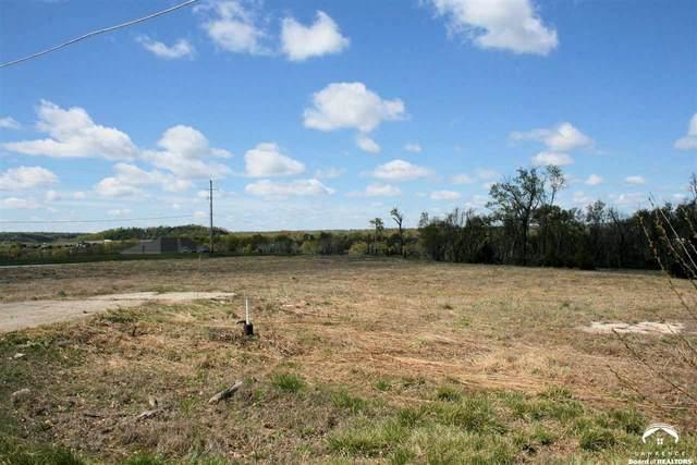 1103 E 1368, LAWRENCE, KS 66046 (MLS #153787) :: Stone & Story Real Estate Group
