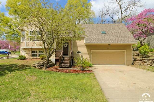 3628 W Timber, LAWRENCE, KS 66049 (MLS #153795) :: Stone & Story Real Estate Group