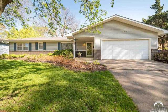 1206 W 28th, LAWRENCE, KS 66046 (MLS #153922) :: Stone & Story Real Estate Group