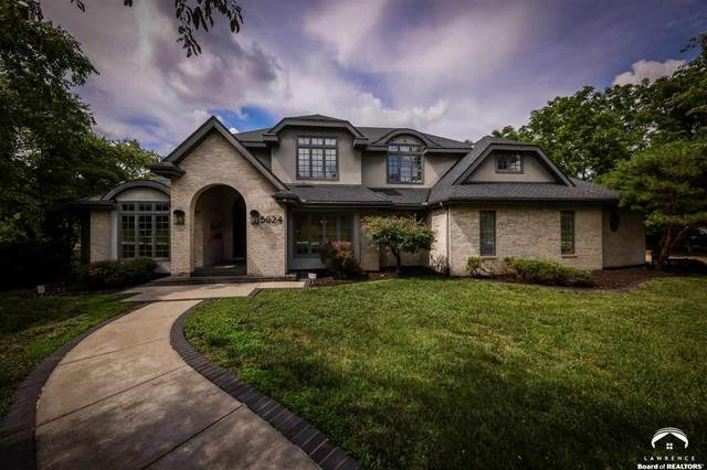 5624 SW 38th, TOPEKA, KS 66610 (MLS #154455) :: Stone & Story Real Estate Group