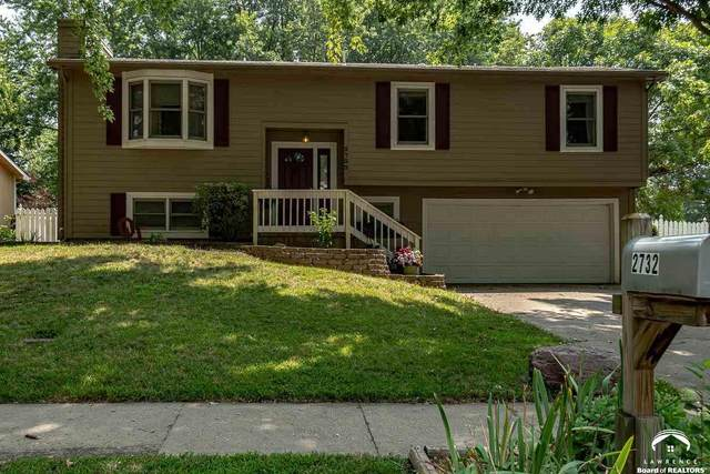 2732 Lockridge, LAWRENCE, KS 66047 (MLS #154735) :: Stone & Story Real Estate Group