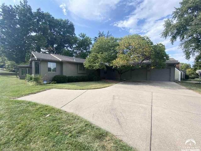 239 Iowa, LAWRENCE, KS 66044 (MLS #155211) :: Stone & Story Real Estate Group