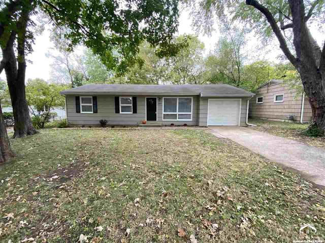 2015 Clifton, LAWRENCE, KS 66046 (MLS #155368) :: Stone & Story Real Estate Group
