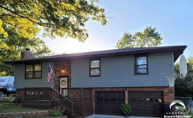 3309 SE Eveningtide, TOPEKA, KS 66605 (MLS #155373) :: Stone & Story Real Estate Group