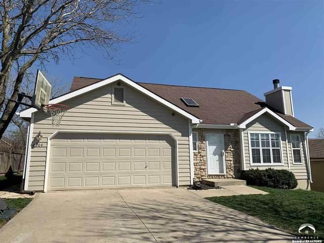 2504 Via Linda, LAWRENCE, KS 66047 (MLS #153546) :: Stone & Story Real Estate Group
