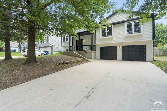 2912 S Kensington, LAWRENCE, KS 66046 (MLS #154659) :: Stone & Story Real Estate Group