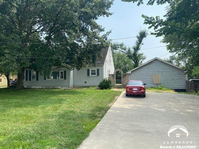 2427 W 31st, LAWRENCE, KS 66047 (MLS #154395) :: Stone & Story Real Estate Group
