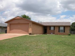 103 Mohawk Ave, Geronimo, OK 73543 (MLS #145849) :: Pam & Barry's Team - RE/MAX Professionals
