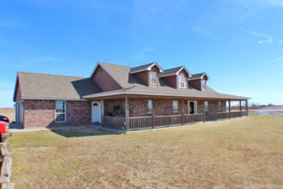 134 SE Prairie View Ln, Geronimo, OK 73543 (MLS #146683) :: Pam & Barry's Team - RE/MAX Professionals