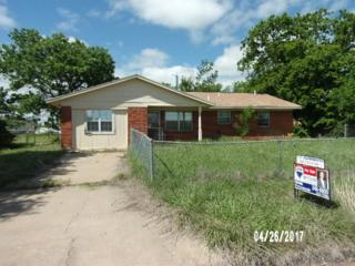 603 Wisconsin St, Geronimo, OK 73543 (MLS #147554) :: Pam & Barry's Team - RE/MAX Professionals