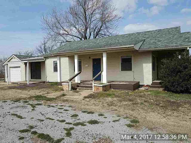 415 N Broadway Ave, Hobart, OK 73651 (MLS #147748) :: Pam & Barry's Team - RE/MAX Professionals