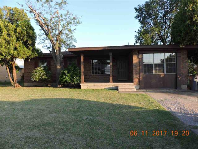 1506 NW 47th St, Lawton, OK 73505 (MLS #147960) :: Pam & Barry's Team - RE/MAX Professionals