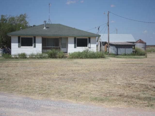 4771 SW Quanah, Cache, OK 73527 (MLS #148651) :: Pam & Barry's Team - RE/MAX Professionals