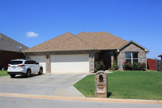 1516 NE Stone House Dr, Elgin, OK 73538 (MLS #148703) :: Pam & Barry's Team - RE/MAX Professionals