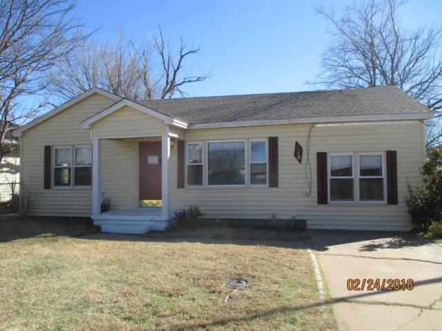 1310 NW Hoover Ave, Lawton, OK 73507 (MLS #148845) :: Pam & Barry's Team - RE/MAX Professionals