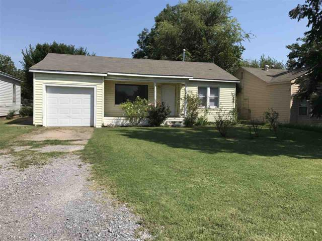1511 NW Baldwin Ave, Lawton, OK 73507 (MLS #148853) :: Pam & Barry's Team - RE/MAX Professionals