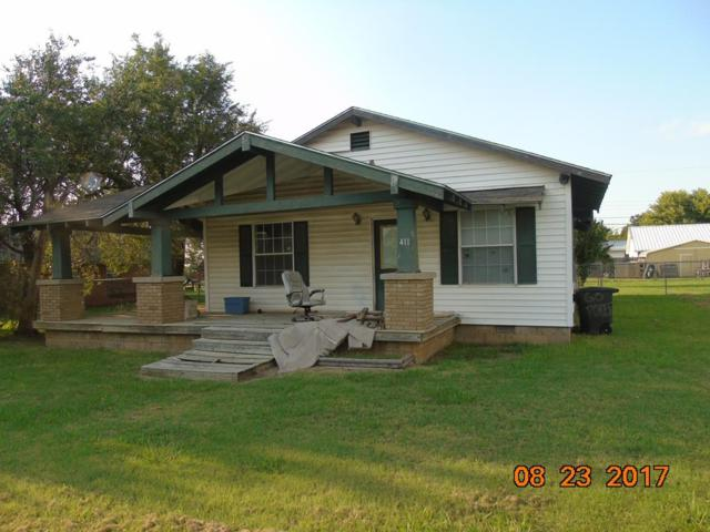 411 S 2nd St, Elgin, OK 73538 (MLS #148894) :: Pam & Barry's Team - RE/MAX Professionals