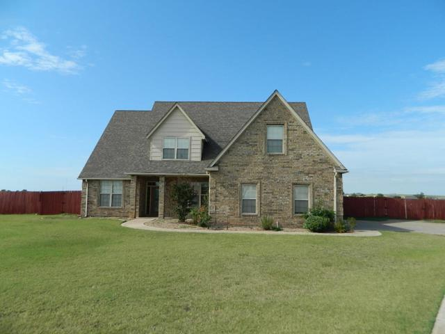 48 NW Sandy Trail Ln, Lawton, OK 73505 (MLS #149008) :: Pam & Barry's Team - RE/MAX Professionals