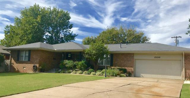 1506 NW 33rd St, Lawton, OK 73505 (MLS #149019) :: Pam & Barry's Team - RE/MAX Professionals