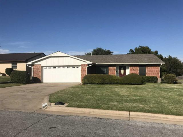 6201 NW Chestnut Ln, Lawton, OK 73505 (MLS #149219) :: Pam & Barry's Team - RE/MAX Professionals