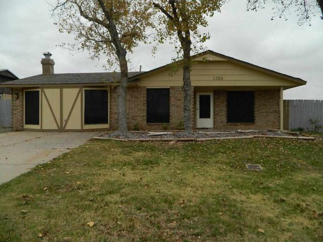 1206 SW 63rd Pl, Lawton, OK 73505 (MLS #149306) :: Pam & Barry's Team - RE/MAX Professionals