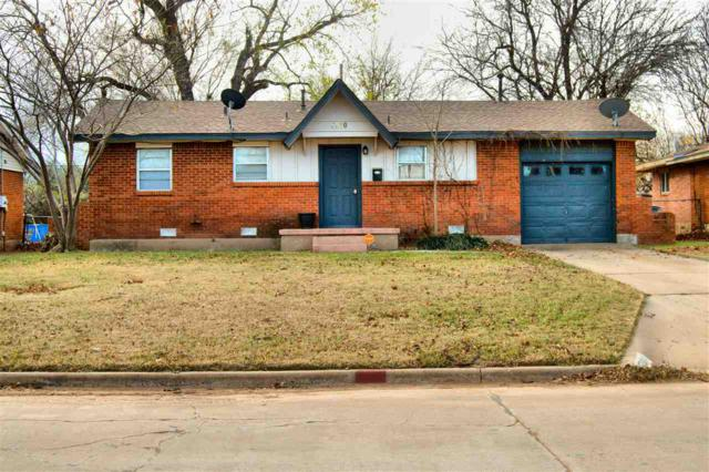 5330 NW Columbia Ave, Lawton, OK 73505 (MLS #149505) :: Pam & Barry's Team - RE/MAX Professionals