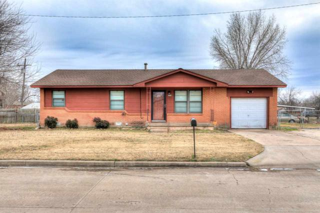 4204 NW Pollard Ave, Lawton, OK 73505 (MLS #149572) :: Pam & Barry's Team - RE/MAX Professionals