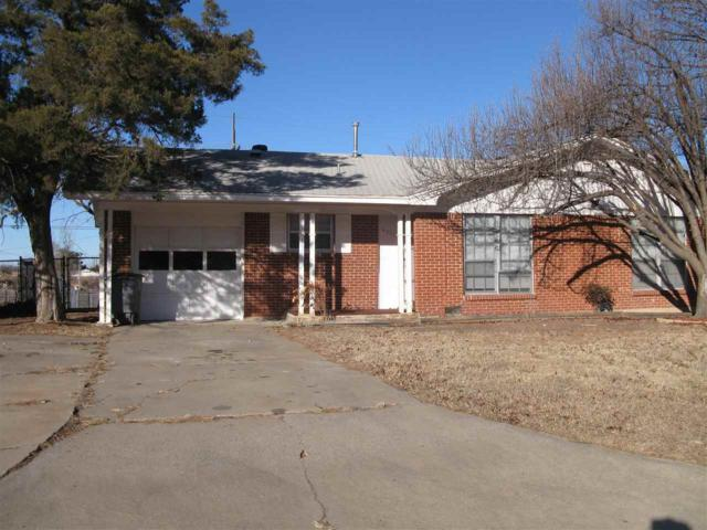 4511 NW Santa Fe Ave, Lawton, OK 73505 (MLS #149610) :: Pam & Barry's Team - RE/MAX Professionals