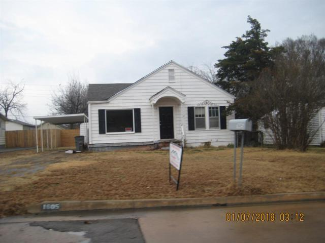 1605 SW B Ave, Lawton, OK 73501 (MLS #149653) :: Pam & Barry's Team - RE/MAX Professionals