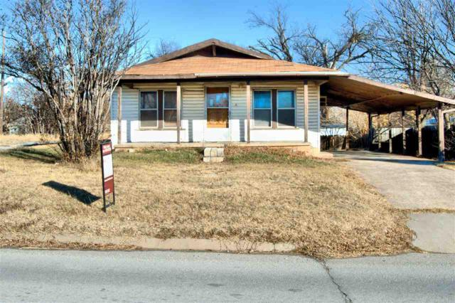 309 SW Lee Blvd, Lawton, OK 73501 (MLS #149658) :: Pam & Barry's Team - RE/MAX Professionals