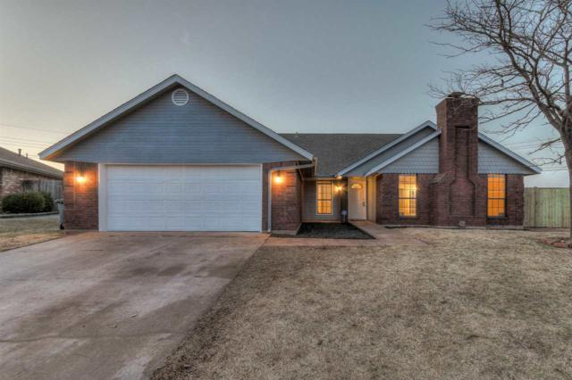 4802 SE Redbud Pl, Lawton, OK 73501 (MLS #149696) :: Pam & Barry's Team - RE/MAX Professionals