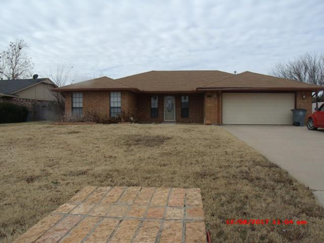 405 SW 78th St, Lawton, OK 73505 (MLS #149722) :: Pam & Barry's Team - RE/MAX Professionals