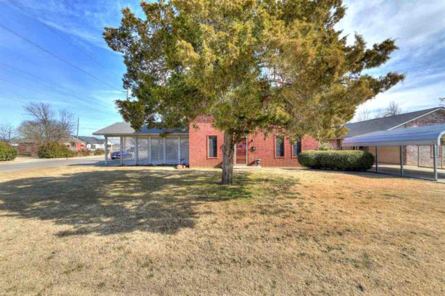 1302 SW 6th St, Lawton, OK 73501 (MLS #149781) :: Pam & Barry's Team - RE/MAX Professionals