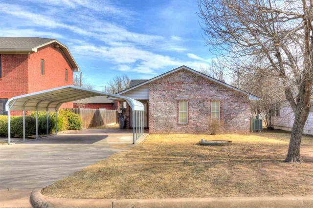1304 SW 6th St, Lawton, OK 73501 (MLS #149802) :: Pam & Barry's Team - RE/MAX Professionals