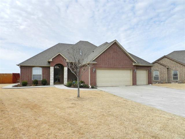 7706 SW Arnold Ct, Lawton, OK 73505 (MLS #149858) :: Pam & Barry's Team - RE/MAX Professionals
