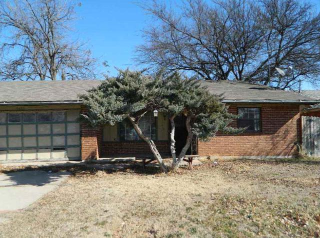 5425 NW Cottonwood Dr, Lawton, OK 73505 (MLS #149885) :: Pam & Barry's Team - RE/MAX Professionals