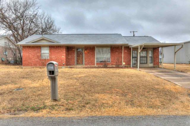 2704 NW Marion Ave, Lawton, OK 73507 (MLS #149955) :: Pam & Barry's Team - RE/MAX Professionals