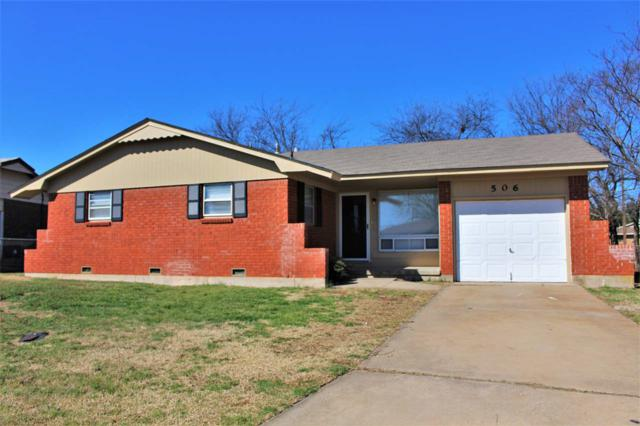 506 NE Cimarron Cir, Lawton, OK 73507 (MLS #149963) :: Pam & Barry's Team - RE/MAX Professionals