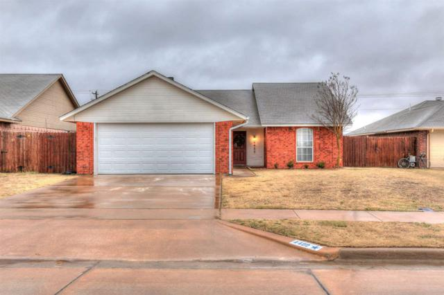 4422 SW Mesquite Dr, Lawton, OK 73505 (MLS #149964) :: Pam & Barry's Team - RE/MAX Professionals