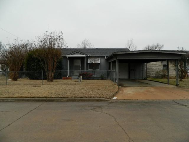 2906 NW 18th St, Lawton, OK 73507 (MLS #150010) :: Pam & Barry's Team - RE/MAX Professionals