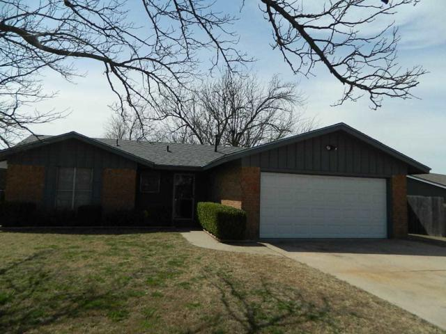 4715 SE Sunnymeade Dr, Lawton, OK 73501 (MLS #150082) :: Pam & Barry's Team - RE/MAX Professionals