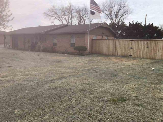 714 W Nebraska Ave, Cyril, OK 73029 (MLS #150205) :: Pam & Barry's Team - RE/MAX Professionals