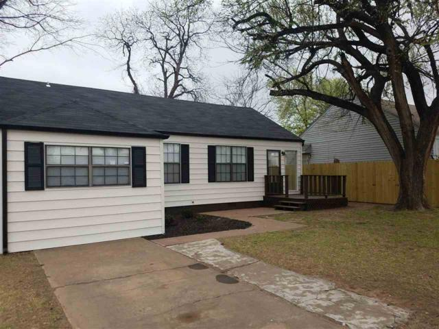 1707 NW Oak Ave, Lawton, OK 73507 (MLS #150224) :: Pam & Barry's Team - RE/MAX Professionals